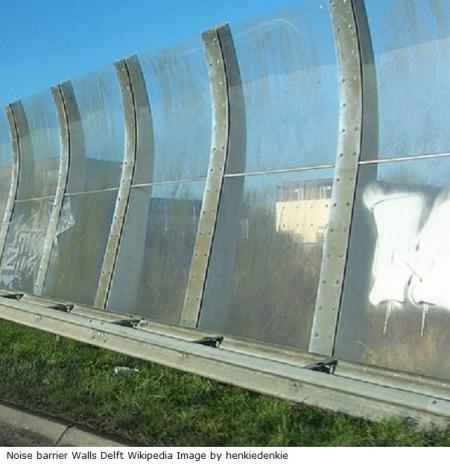 Panoramio_-_henkiedenkie_-_Noise_barrier_Delft