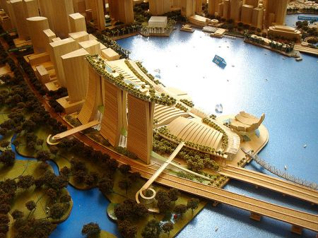 640px-marina_bay_sands_model_1
