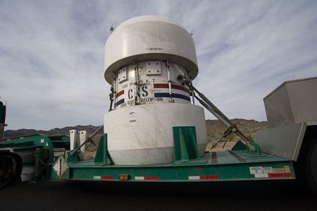640px-nuclear_waste_container_2010_nevada