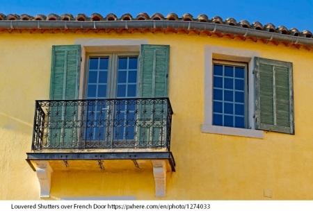 building_facade_window_shutter_architecture_cassis_provence_france-1274033.jpg!d