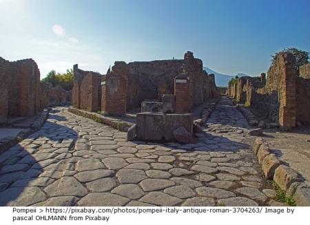 pompeii-3704263_640